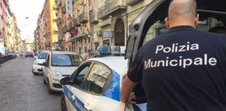 Comune di Napoli, blocco della spesa: stop a noleggio auto per i vigili
