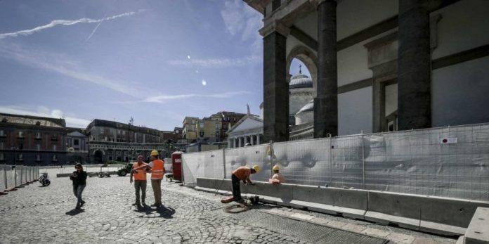 Napoli, cantiere piazza Plebiscito: polemiche in Commissione
