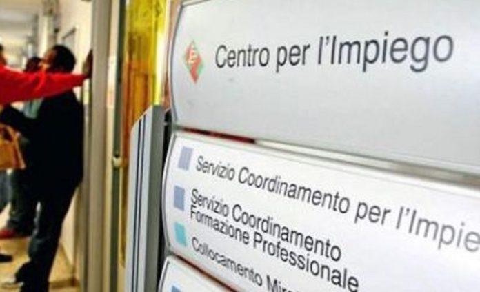 Reddito di cittadinanza, più di 800mila domande: Campania in testa