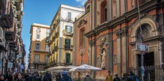 Napoli, cantieri ai Decumani: si accelera per il Natale