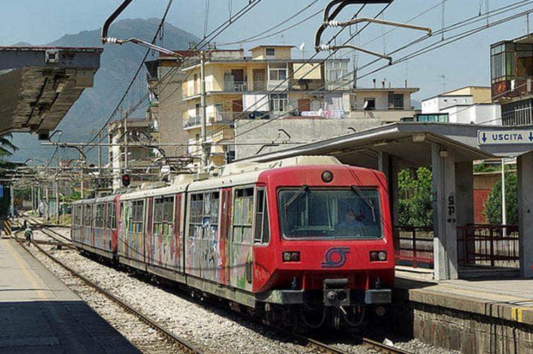 Napoli, riaprono officine Eav a Ponticelli: escluso rischio amianto