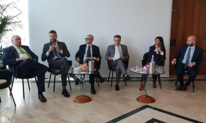 Fatturazione elettronica, allarme occupazione per il 77% dei commercialisti italiani