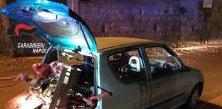 Pozzuoli: inseguito nella notte abbandona auto con macchinari agricoli rubati