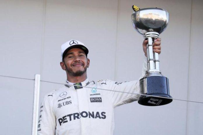 F1, Hamilton trionfa nel Gp del Giappone. Ferrari quinta e sesta