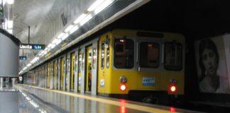 Napoli, vandali in metropolitana: molte stazioni senza vigilantes