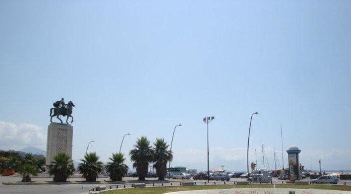 Napoli, Rotonda Diaz: ripulita la spiaggia dopo il maltempo