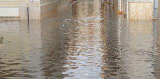 Maltempo, bomba d'acqua su Napoli e provincia