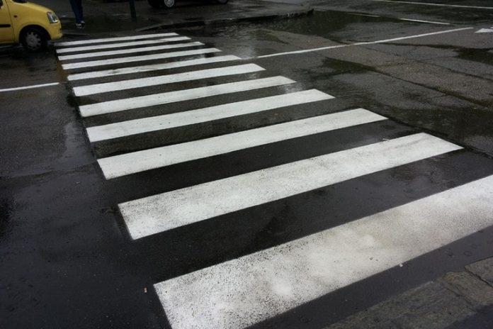 Napoli, Scampia: 75enne travolto e ucciso su strisce pedonali