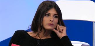 Uomini e Donne, anticipazioni trono classico: Giulia bacia Giulio?