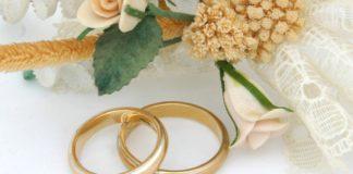 Storie di vita, si sposa prima di morire a 56 anni: era mamma di tre bambini