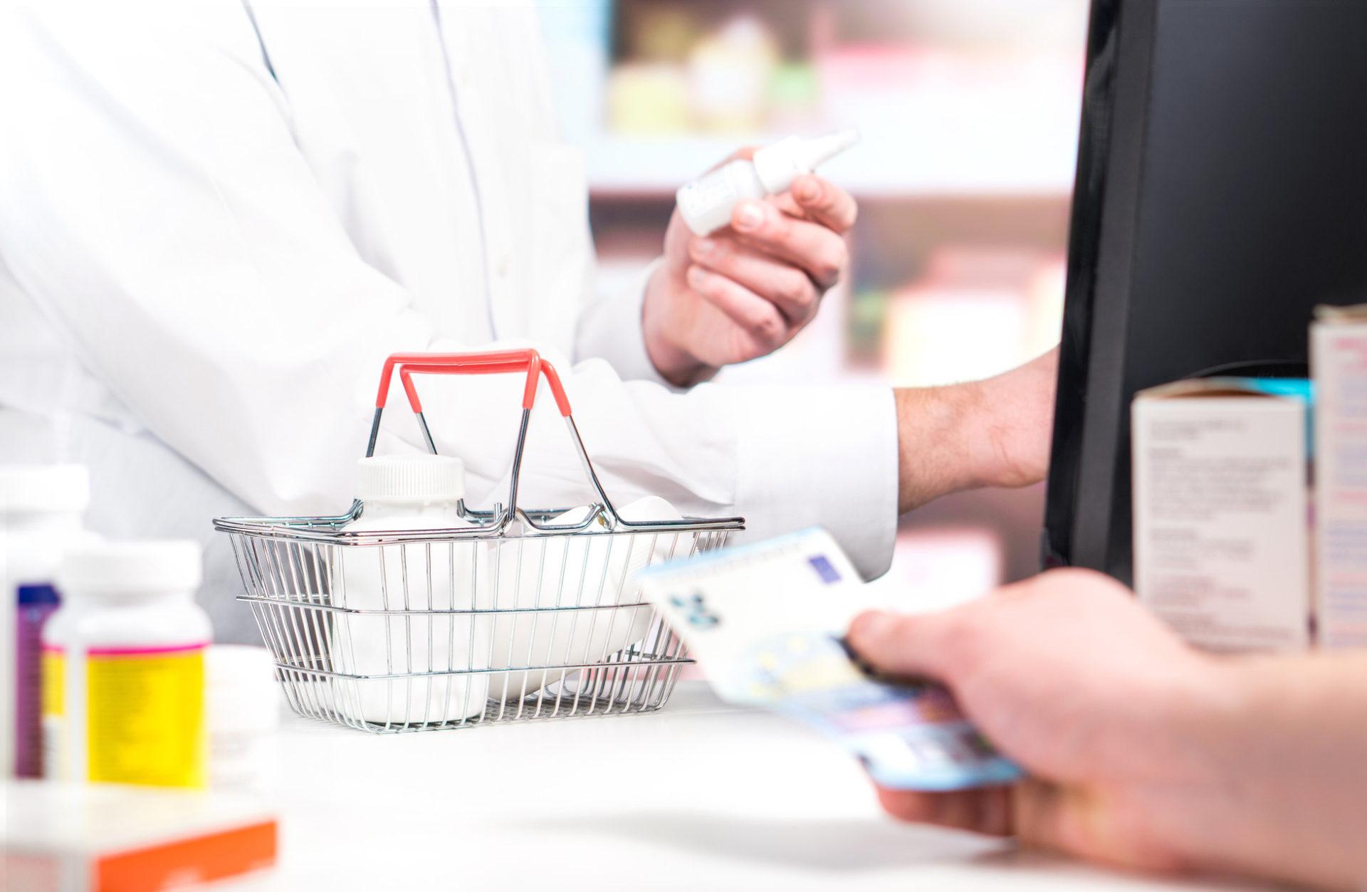 Fattura elettronica: niente proroga, ma esonero per farmacie e medici