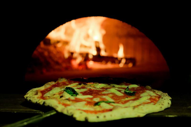 E' la pizza il piatto che regala in assoluto più felicità a chi la mangia