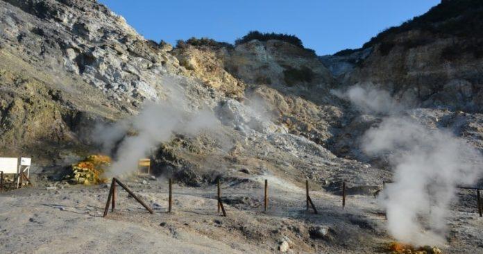 Campi Flegrei, per uno studio il supervulcano si starebbe ricaricando