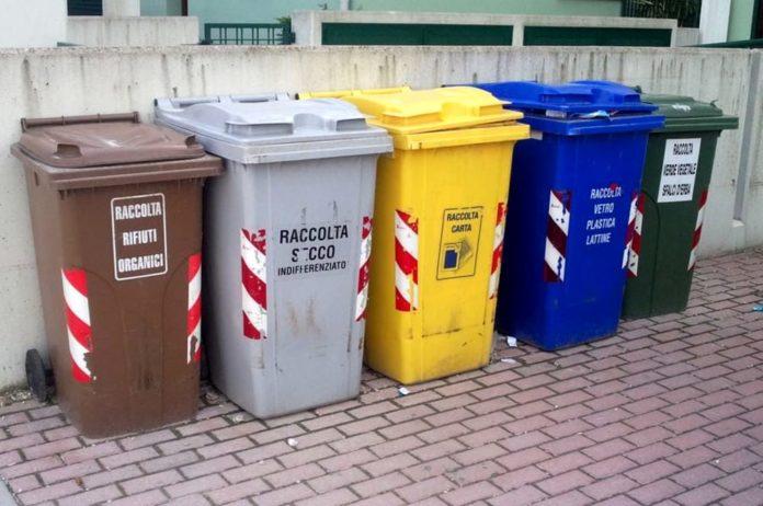 Rifiuti, a Napoli due nuovi impianti per la differenziata