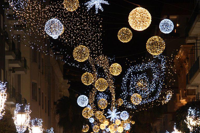 Napoli, ecco le luci di Natale: in via Filangieri saranno made in Bulgari