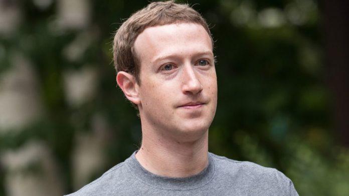 """Zuckerberg, clamorosa rivelazione: """"Ho pensato di chiudere Facebook"""""""