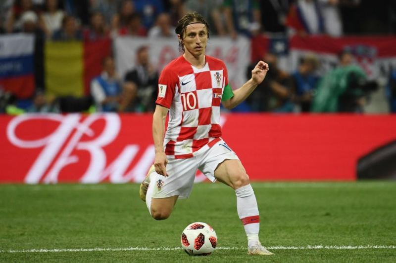 Pallone d'oro, fine del regno CR7-Messi: favorito Mbappè