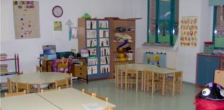 Napoli, scuola Minucci: manca bidella e bimba disabile resta senza assistenza