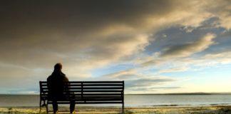 Uno studio rivela che la solitudine aumenta il rischio di demenza