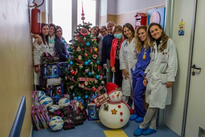 Natale anticipato per 120 bambini del Santobono-Pausilipon