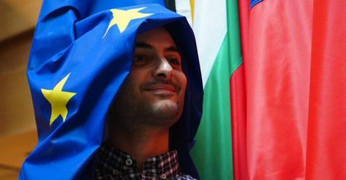 """Antonio Megalizzi, funerali a Trento: """"Sognava un'Europa senza confini"""""""
