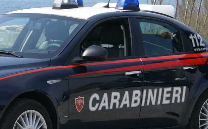 Pozzuoli, 35enne non si ferma all'alt: bloccato e arrestato