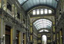 Napoli, calcinacci in Galleria Principe: Comune chiede controlli sui lavori