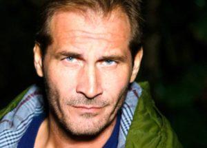 Un Posto al Sole: Alberto Rossi scopre un furto d'identità