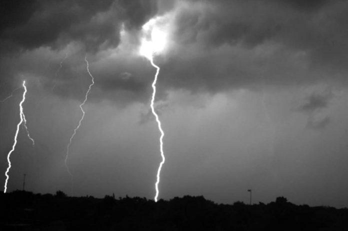 Nuova allerta meteo in Campania: vento e temporali sulle aree interne