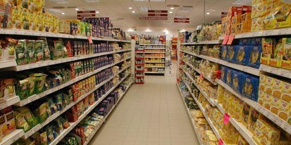 Avellino, Montoro: Dipendenti scoperti a rubare nel supermercato dove lavorano