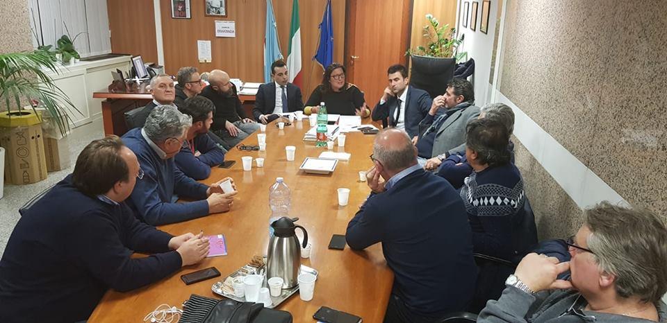 """Leonardo, Ciarambino: """"Gli stabilimenti campani abbandonati e svenduti dalla politica"""""""