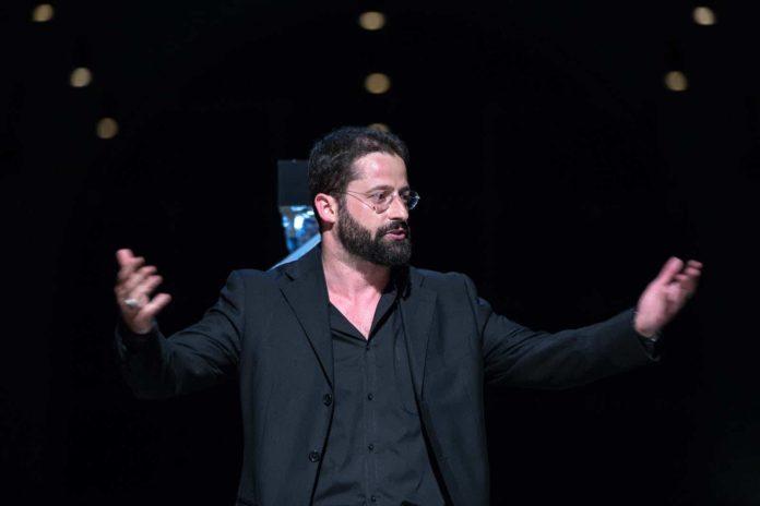 Paolo Cresta ospite all'Istituto Caselli-De Sanctis per l'evento 'La voce dei classici'