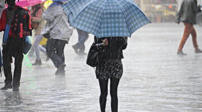 Meteo Campania, l'estate va in pausa: da questa sera tornano le piogge