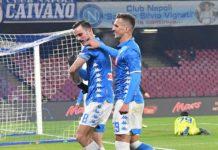 Calcio Napoli ai quarti di coppa Italia: battuto il Sassuolo 2-0