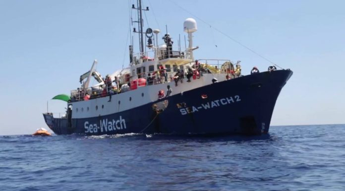 "Sbarcati migranti Sea Watch, Salvini: ""Adesso serve un chiarimento"""