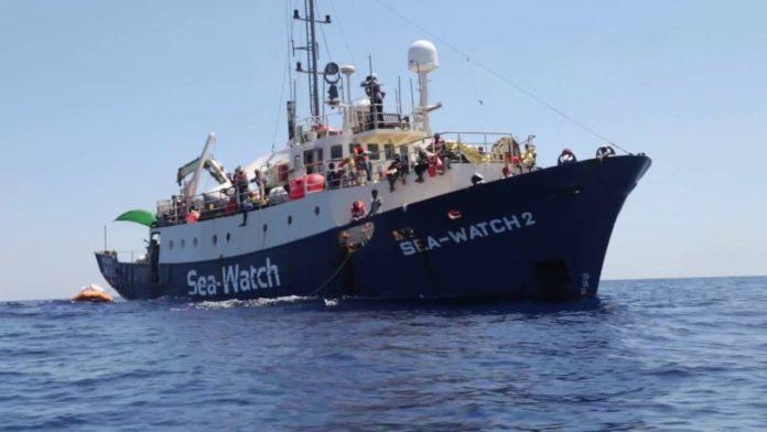 Sbarcati migranti Sea Watch, Salvini: