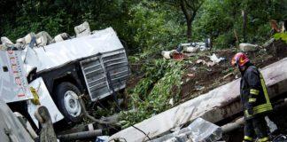 Strage bus Avellino, assolto l'ad di autostrade: la rabbia dei parenti