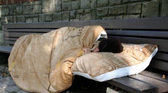 Allarme neve: la città di Salerno si mobilita per poveri e senzatetto