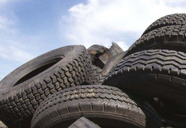 Inquinamento: la polvere di pneumatici inquina come i gas di scarico