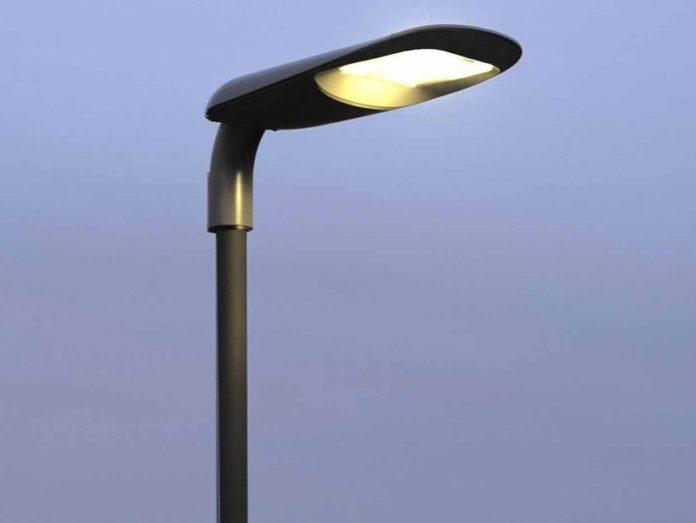 Comune di Napoli, nuovo piano di illuminazione: ci saranno 11mila lampade