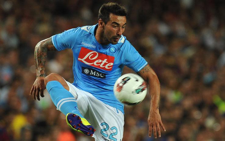 Belen Rodriguez: flirt con l'ex calciatore del Napoli Ezequiel Lavezzi