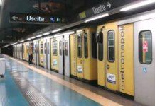 ANM, pendolari a piedi nelle gallerie della metropolitana: tratta limitata per due ore