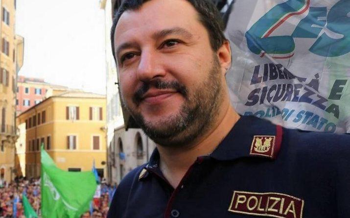 """Luigi De Magistris al veleno su Salvini """"poliziotto"""": """"Indaghi su se stesso"""""""