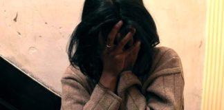 Napoli: uomo mette guinzaglio alla compagna che voleva lasciarlo