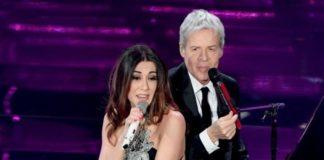 Sanremo 2019, Claudio Bisio e Virginia Raffaele con Baglioni