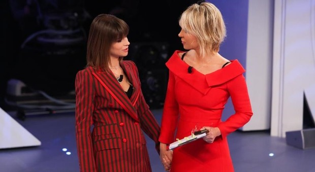 C'è posta per te, sabato l'ultima puntata: gran finale con Julia Roberts