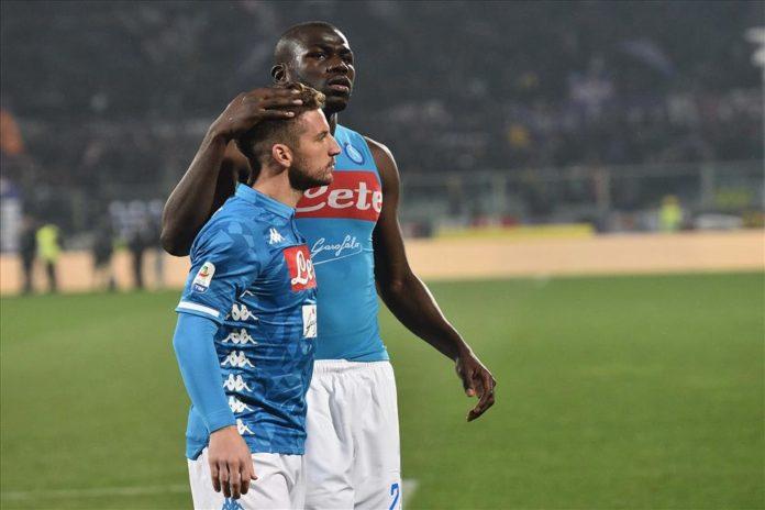 Calcio Napoli, azzurri spuntatissimi: tante occasioni ma solo 0-0 a Firenze