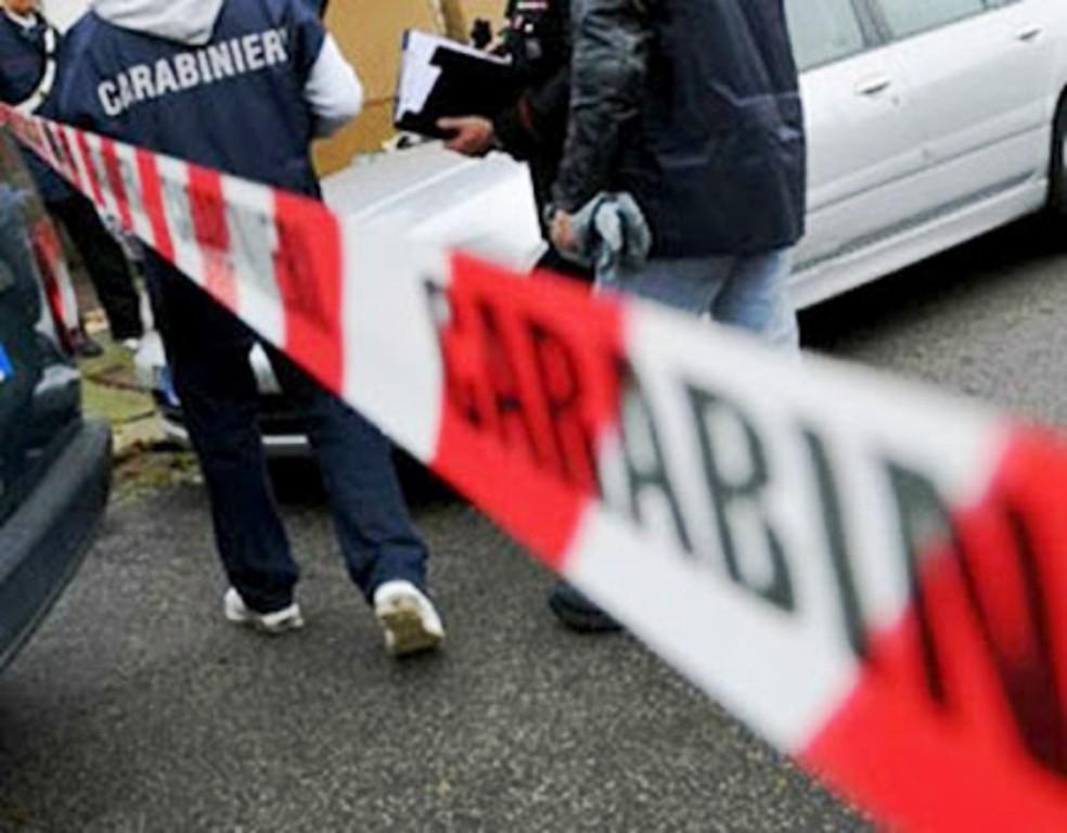 Omicidio a Miano, ucciso un pregiudicato del clan Russo in un bar