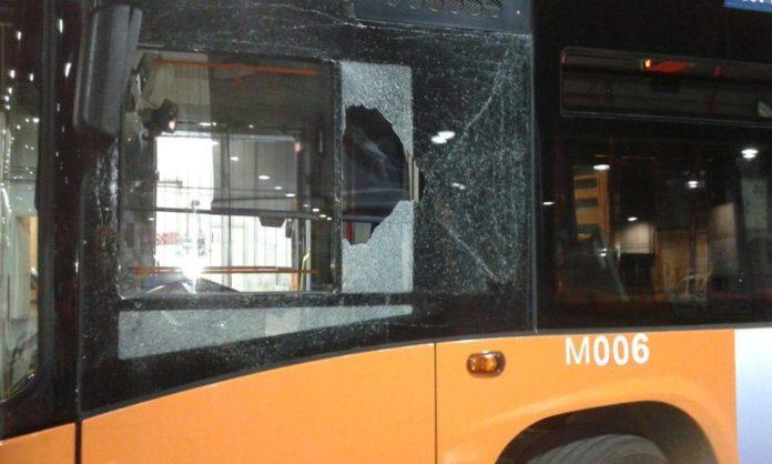 ANM, Ponticelli: ennesimo raid di una baby gang contro un bus