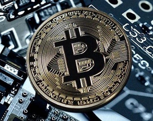 Santa Maria Capua Vetere, acquistavano la droga in bitcoin: 5 arresti